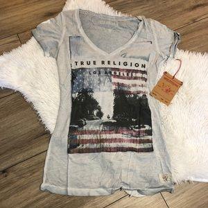 NWT True Religion Womens V Neck Short Sleeve shirt